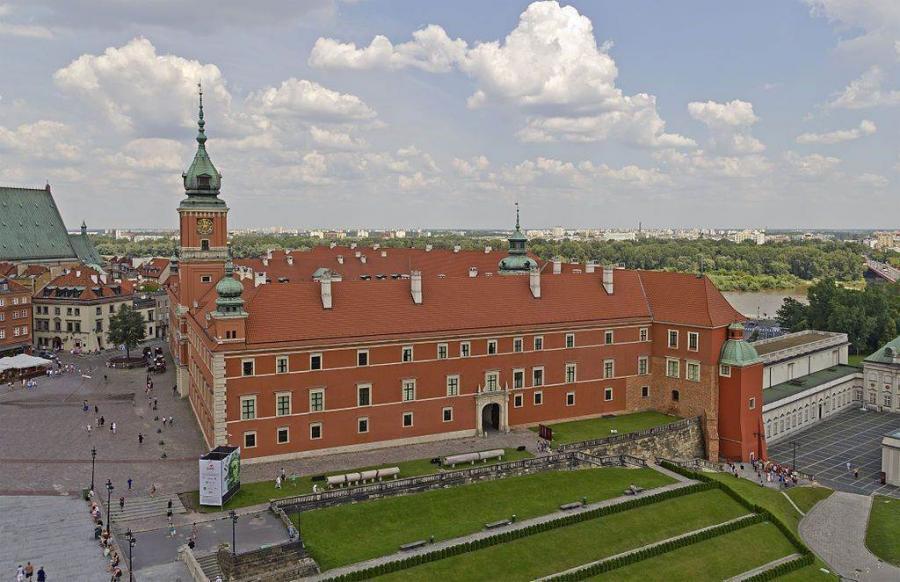 Бесплатный ноябрь в Королевском дворце в Варшаве (03.11.2015 - 29.11.2015)