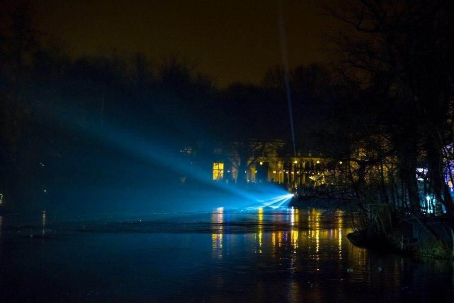 fotootchet s poseshhenija zimnego vechera sveta v parke korolevskie lazenki v varshave 3 Фотоотчет с посещения «Зимнего вечера света» в парке Королевские Лазенки в Варшаве