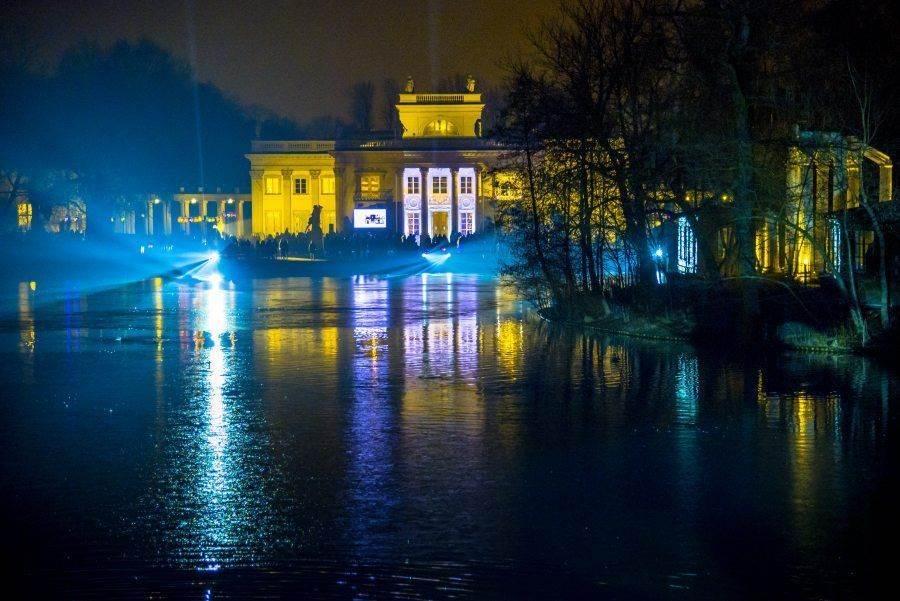 fotootchet s poseshhenija zimnego vechera sveta v parke korolevskie lazenki v varshave 30 Фотоотчет с посещения «Зимнего вечера света» в парке Королевские Лазенки в Варшаве