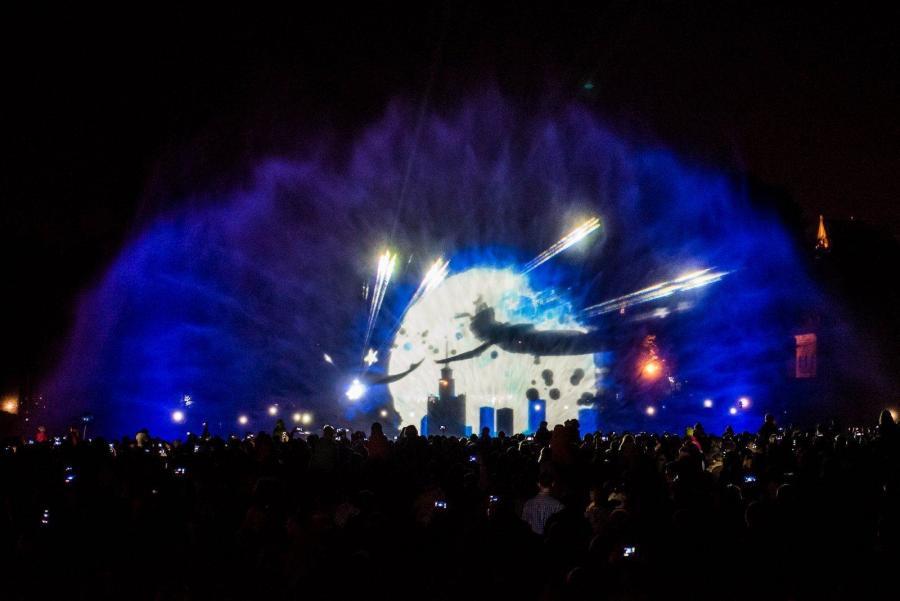 Видеообзор: Шоу в Мультимедийном Парке Фонтанов в Варшаве (2016)