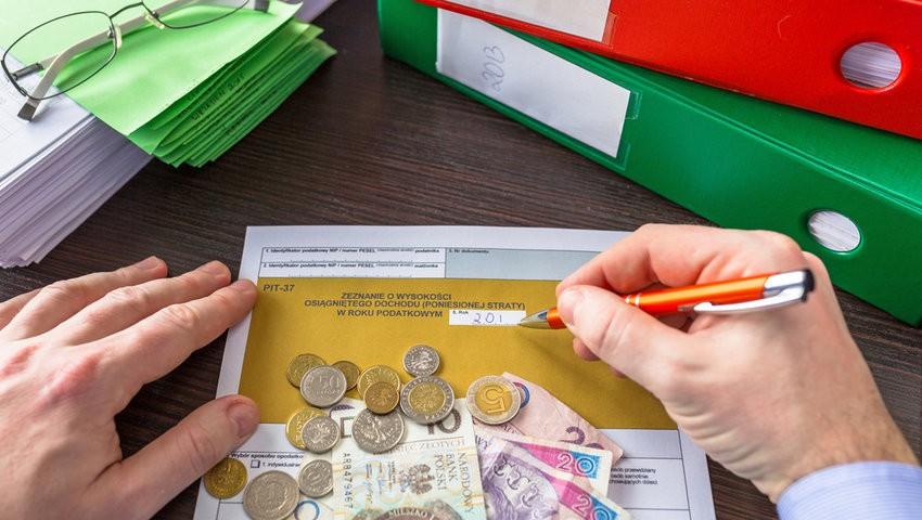 PIT-37 - как подать налоговую декларацию в Польше