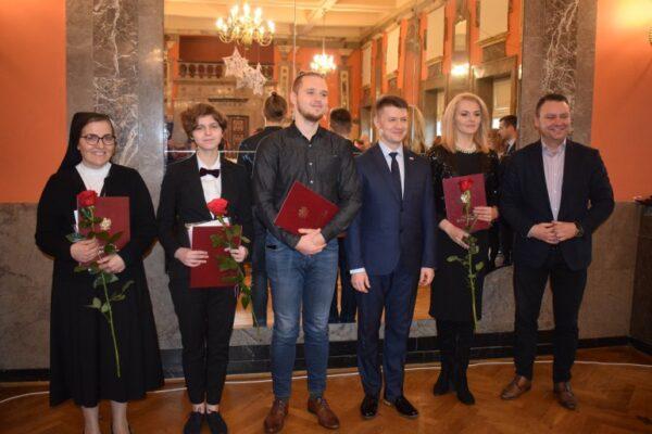 Получение польского гражданства через Президента